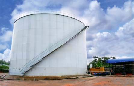 Oil Refinery1